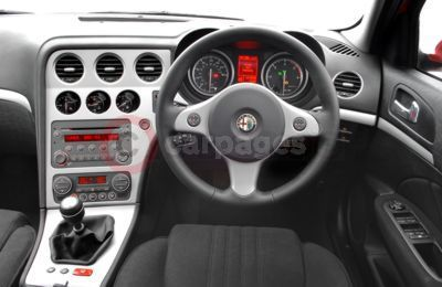 New alfa 159 in the uk part two for Alfa romeo 159 interieur