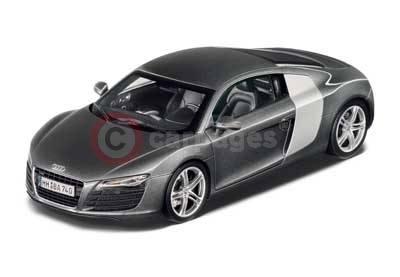 Audi R8 118 Scale Die Cast Model