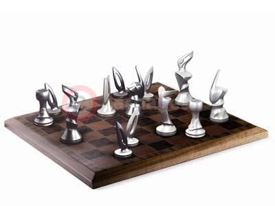 Bentley Veneered Chess Set