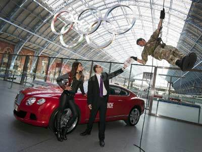 The Royal Marines Deliver Carte Blanche To Jeffery Deaver Alongside The Bentley Continental GT