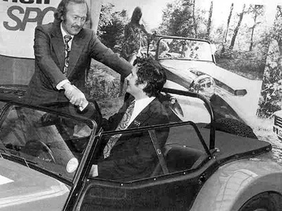 Colin Chapman & Graham Nearn In The 1973 Handover