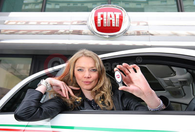 Jodie Kidd With The eco:Drive USB Key