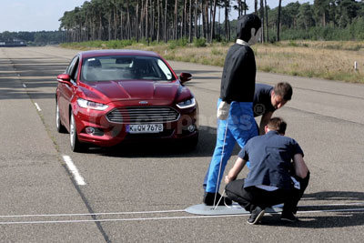 Ford Mondeo with Pedestrian Detection (MY-2015)
