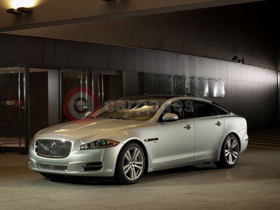 Wonderful Jaguar XJ (2013)