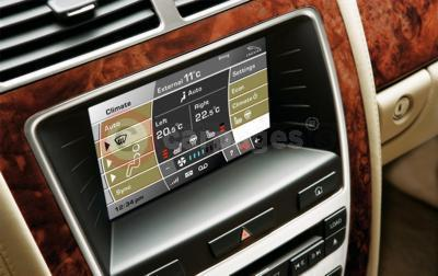 Jaguar XK Touchscreen