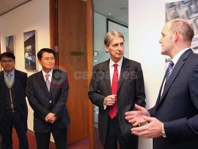 Philip Hammond With Michael Cole - Kia UK's Managing Director