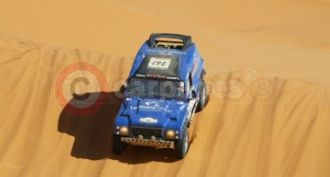 The Land Rover Based Bowler Wildcat Tackles The Dunes Of The Dakar Rally