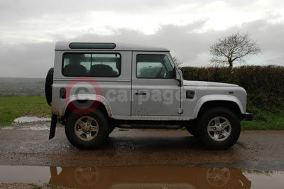 Land Rover Defender 90 XS Station Wagon