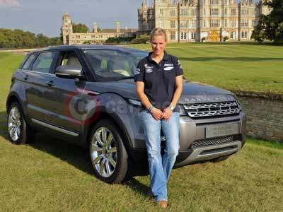 Zara Phillips With Her Range Rover Evoque