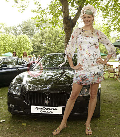 Supermodel Jodie Kidd With The Maserati Quattroporte Sport GTS