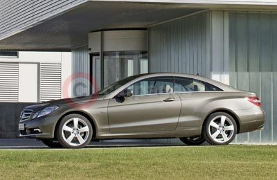 Mercedes Benz E350 CDI Coupe Side View