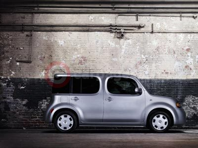 Nissan Cube Side On