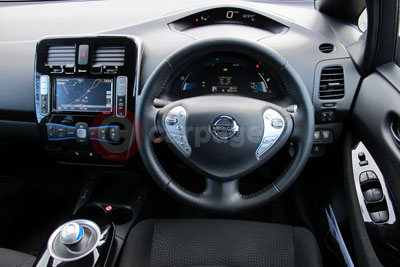 Nissan Leaf Interior View 2014
