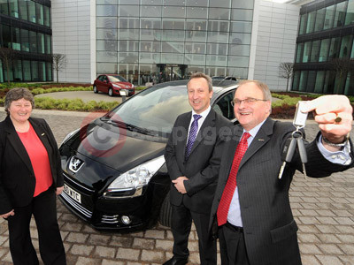 Jenny Brown, David Main and Jon Goodman With The Peugeot 5008