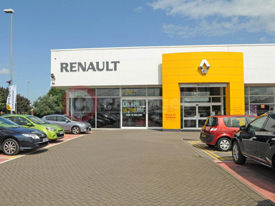 renault posts highest rise in dealer customer satisfaction. Black Bedroom Furniture Sets. Home Design Ideas