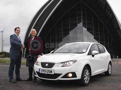 Simon Bradley and John Murdoch With The SEAT Ibiza
