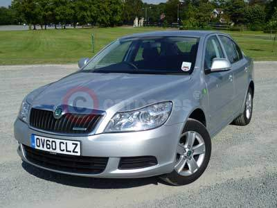 http://www.carpages.co.uk/skoda/skoda-images/skoda-octavia-greenline-15-09-11.jpg