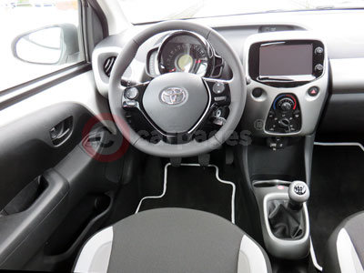 Toyota Aygo (Interior View) (2014)