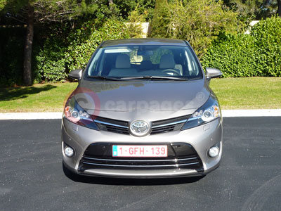 Toyota Verso Review (2014)