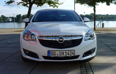 Vauxhall Insignia Review (2013)