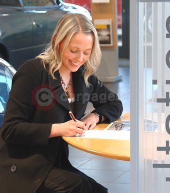 Instant Insurance Now At Vauxhall Retailers