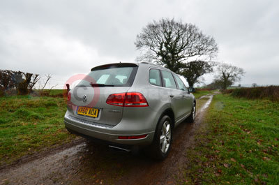 Volkswagen Touareg (Side View)(2012)