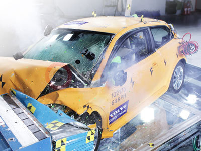 Volvo C30 Crash Test