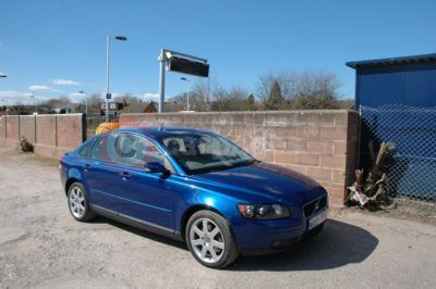 Volvo S40 Front Side