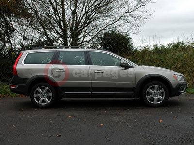 Volvo XC70 Side View