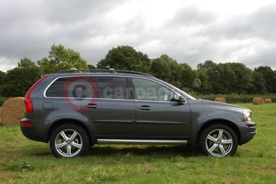 Volvo XC90 Side View
